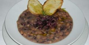 Zuppa con fagioli e olive