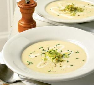 Zuppa con sedano e patate