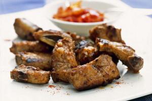 Costine di maiale in salsa piccante