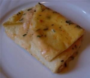 crespelle-con-gamberetti-in-salsa-tonnata