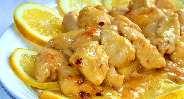 Pollo al limone il piacere del gusto - Come cucinare le cosce di pollo in padella ...