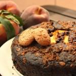 |⇨ Torta senza glutine con pesche, cacao e amaretti