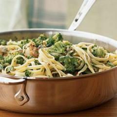 Bavette con Vongole Veraci e Broccoli