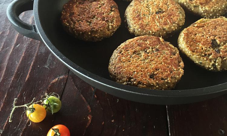 Burger vegetali di quinoa