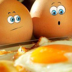 Uova in Salsa Rossa