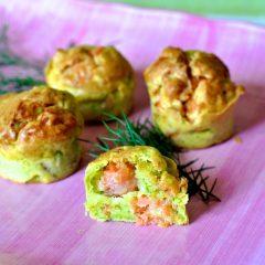 Muffin salati con salmone e zucchine