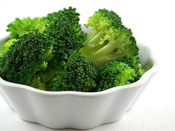 Pasta con alghe e broccoli