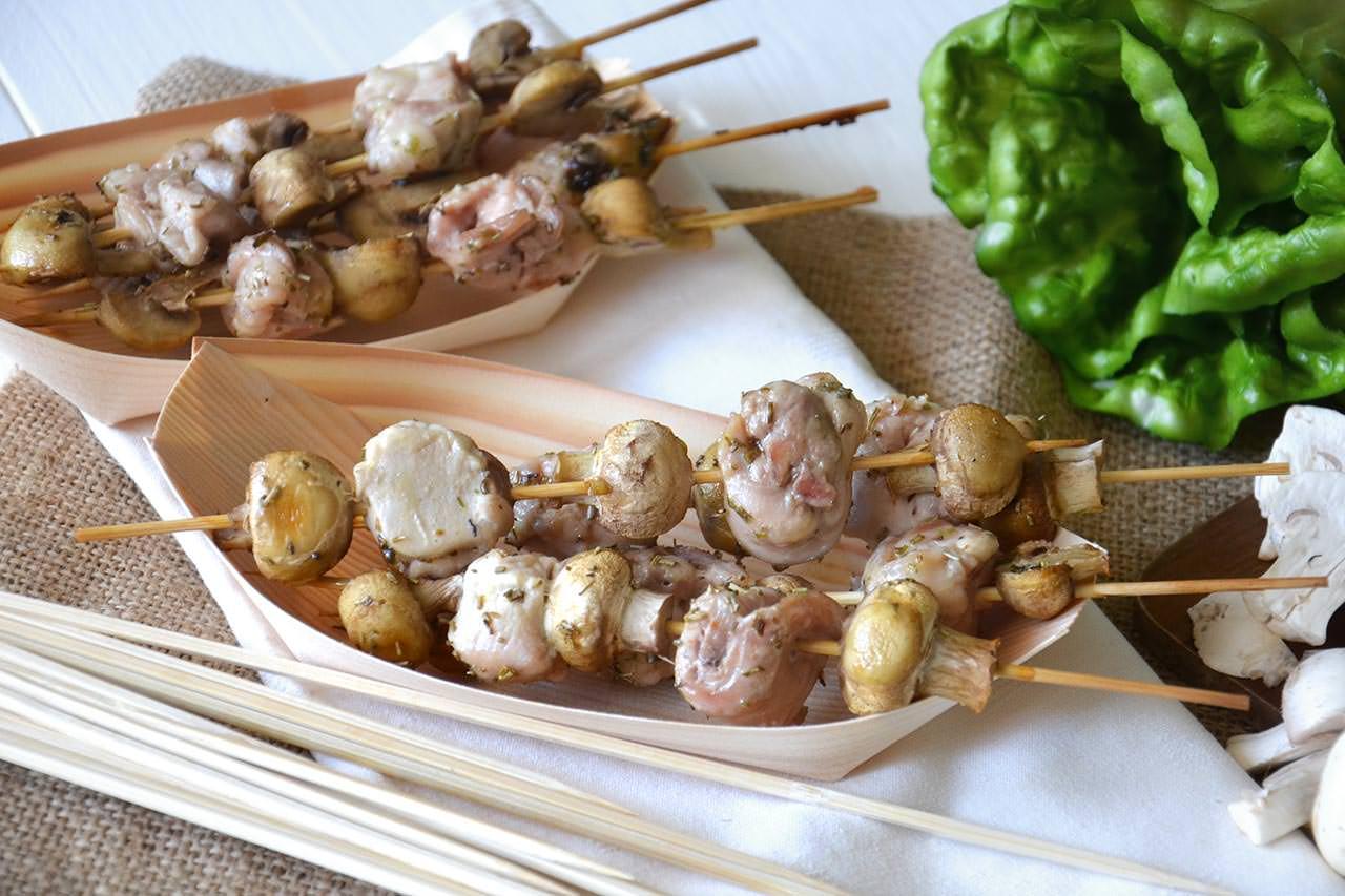 Spiedini di funghi e coniglio