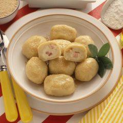 Gnocchi con Carne di Maiale