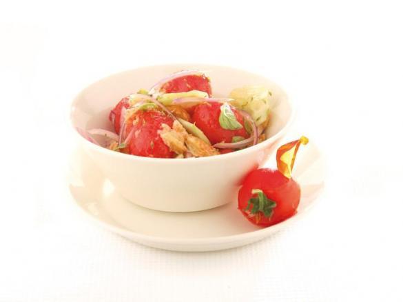 Panzanella con pomodorini al vapore