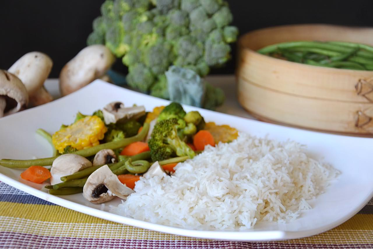 Riso e verdure al vapore